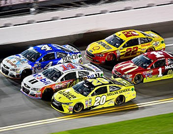 AAA 400 Drive for Autism NASCAR Sprint Cup Series 2017