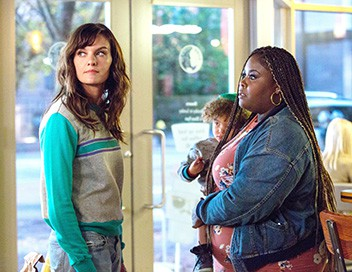 SMILF S01E07 Pop-corn familial et une cannette de vin