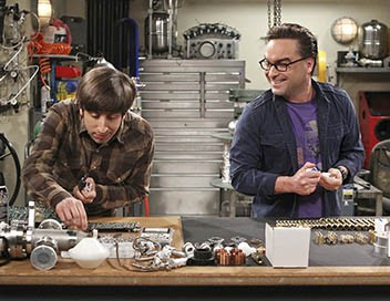 The Big Bang Theory S09E19 Un fil à souder à la patte