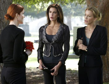 Desperate Housewives S02E05 On n'enterre que deux fois