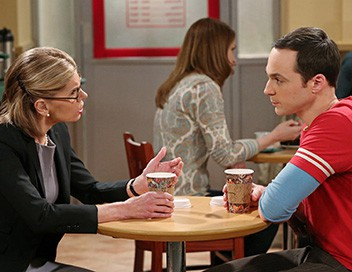 <strong>The Big Bang Theory</strong> S08E23 La guerre des mères - 1