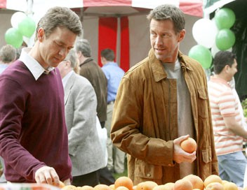 Desperate Housewives S03E18 Madame est desservie
