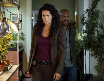 <strong>Rizzoli & Isles</strong> S06E14 Une mine de billets - 1