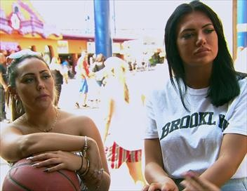 <strong>Geordie Shore</strong> S18E03 - 1