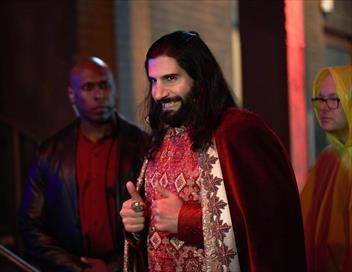 What We Do in the Shadows S01E04 Manhattan Night Club