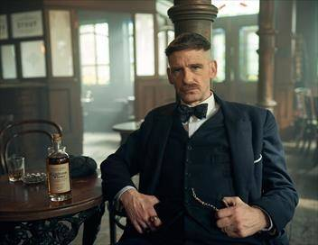 Peaky Blinders S05E01 Black Tuesday