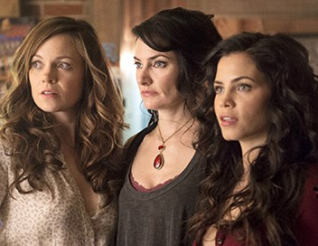 Witches of East End S02E01 Poison maudit