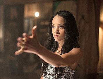 Witches of East End S02E07 Clair-obscur