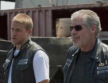 <strong>Sons of Anarchy</strong> S04E02 Poussière d&#39;ange - 1